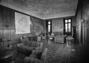 Quisling's_office_at_the_Royal_Palace_1945