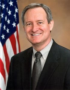 Mike_Crapo_Official_Photo_110th_Congress